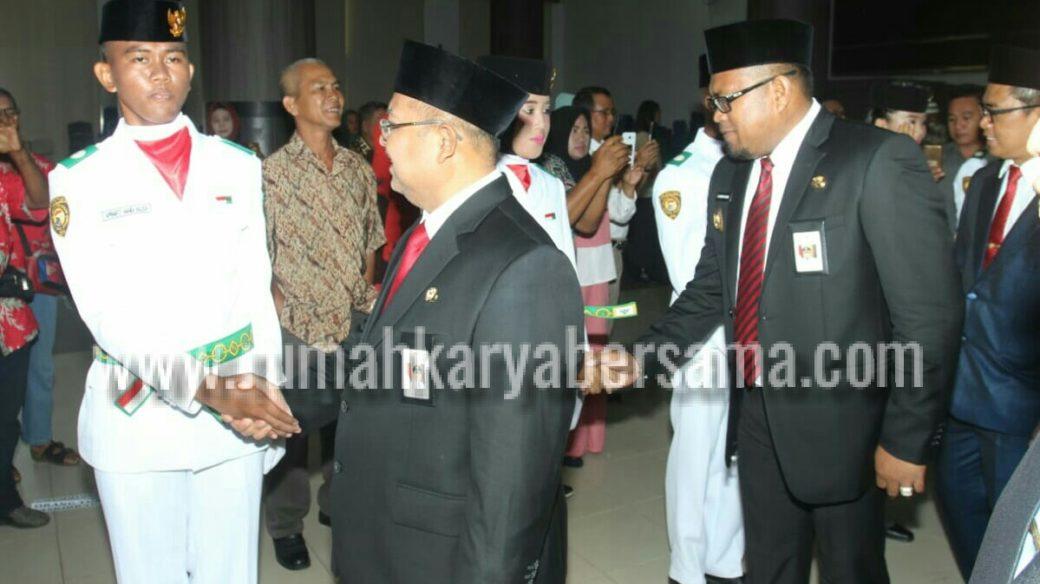 Paskibra Kutim Terpilih Bawa Bendera di Provinsi