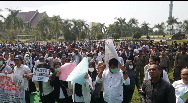 Ismunandar Sayangkan Aksi Tenaga Honor Daerah