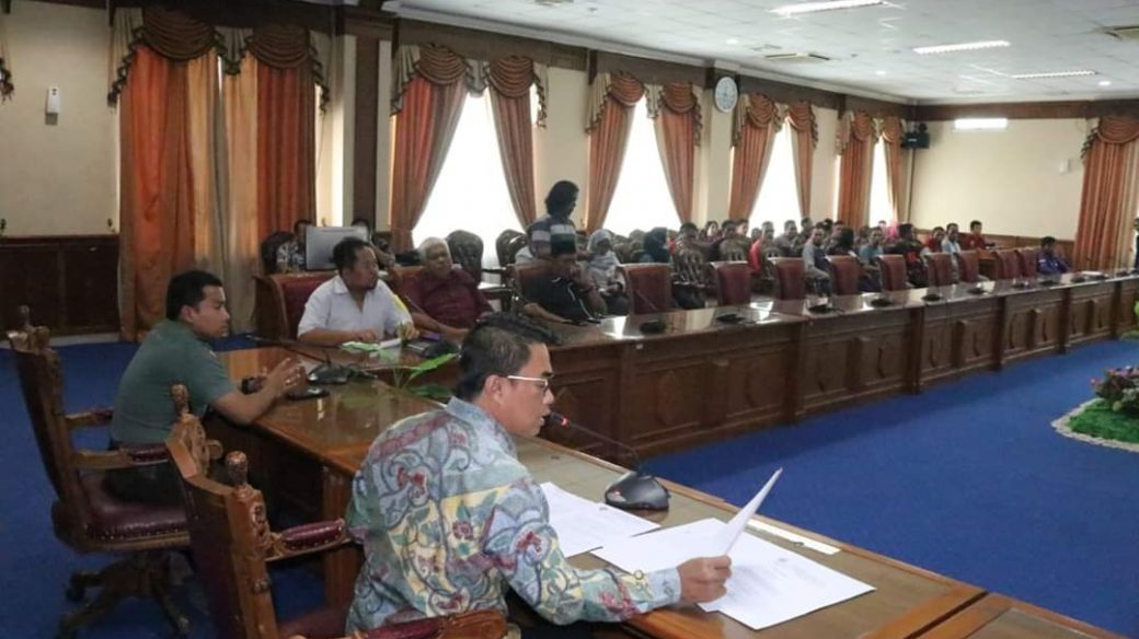 Hearing dengan Buruh PT AE, DPRD Belum Bisa Beri Keputusan