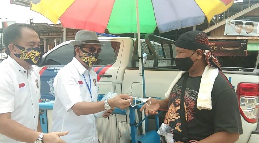 Ardiansyah Sulaiman-Kasmidi Bulang Siapkan Ribuan Masker untuk Sosialisasi ke Masyarakat