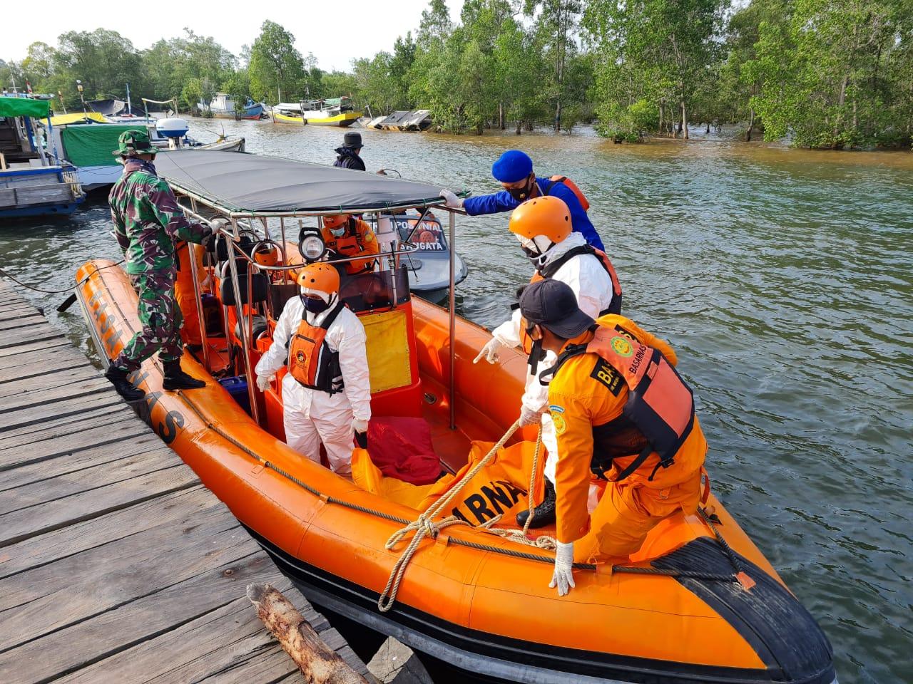 ABK Asal Marang Kayu Ditemukan Mengapung di Perairan Teluk Lombok